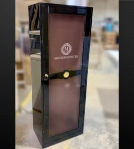 If you want we can customize your humidor with your logo.