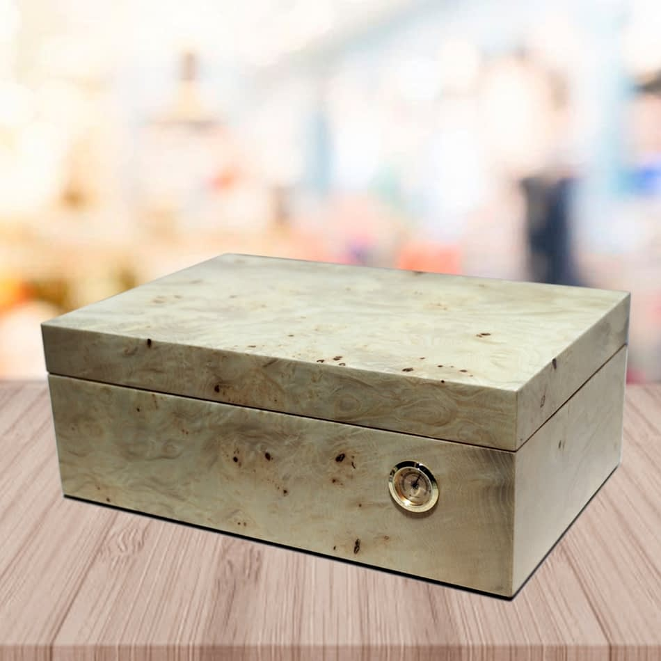 Exquisito humidor model root finish